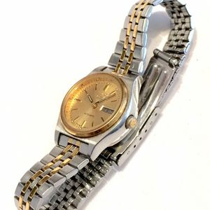 Fantastic Vintage Seiko 5 Two Tone Ladies 4206 Automatic Day Date Watch Watchcharts