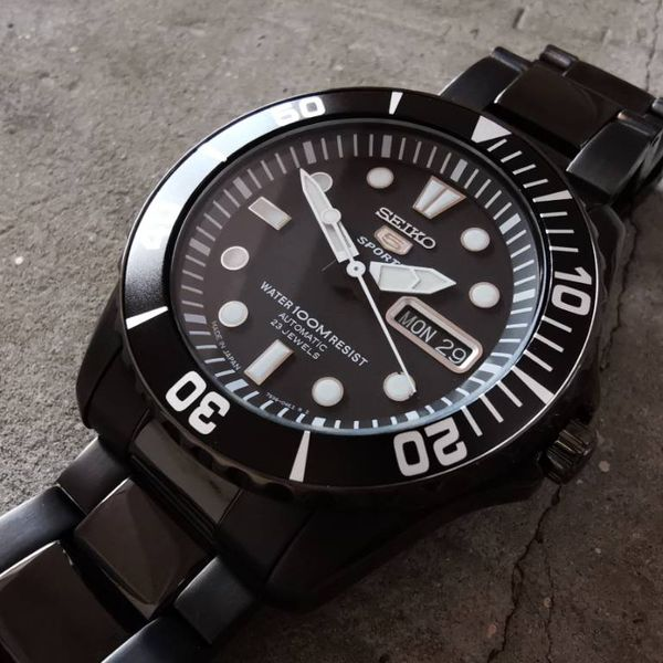 Seiko 5 (SNZF21) Price Guide and Specifications | WatchCharts