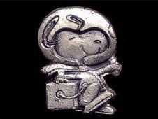 Silver Snoopy Pin
